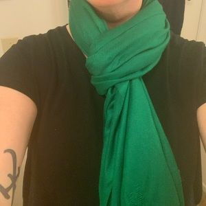 Holiday green scarf